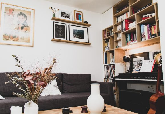 Bibliothèque latté chêne et placard medium laqué blanc