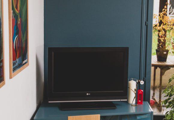 MeubleTV-laqué&marqueteriePaille