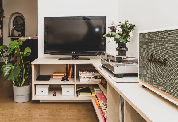Meuble d'angle pour TV et rangements