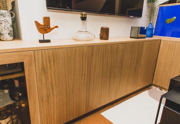 Combiné, meuble TV, placards et bar